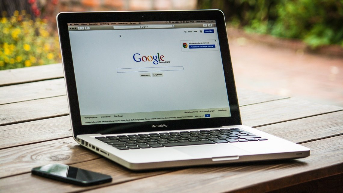 Google公告にキーワードを追加する方法