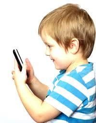 Facebookが推奨する 子供のためのSNSとは